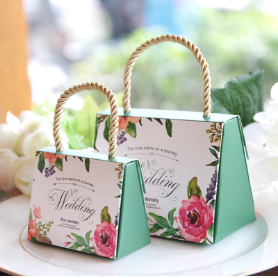 Paper bag/Lot Candy Gift Boxes Wedding Party Favor With handle for candies sweet box/bag on a journey in EECA Packaging China
